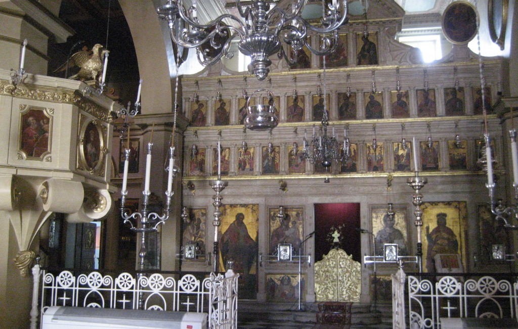 Korfu_in the church